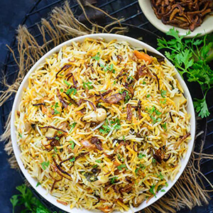 Order veg hyderabadi biryani online home delivery in Thane, Mumbai